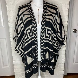 Cloud Chaser Aztec Print Open Front Cardigan S